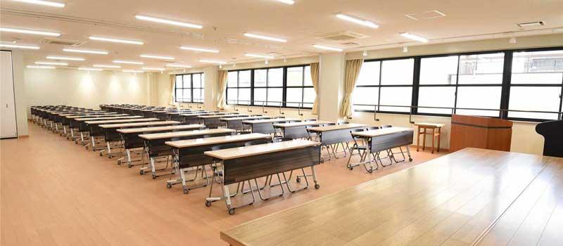東大阪市立市民多目的センター