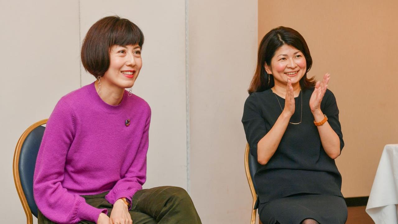 小島慶子さんとスマイルファクトリー校長 白井 智子による「ひきこもり」をテーマにした対談記事が沖縄タイムス紙に掲載